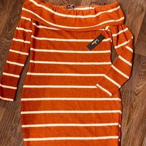 Lulus off the shoulder sweater dress 👗 🌺